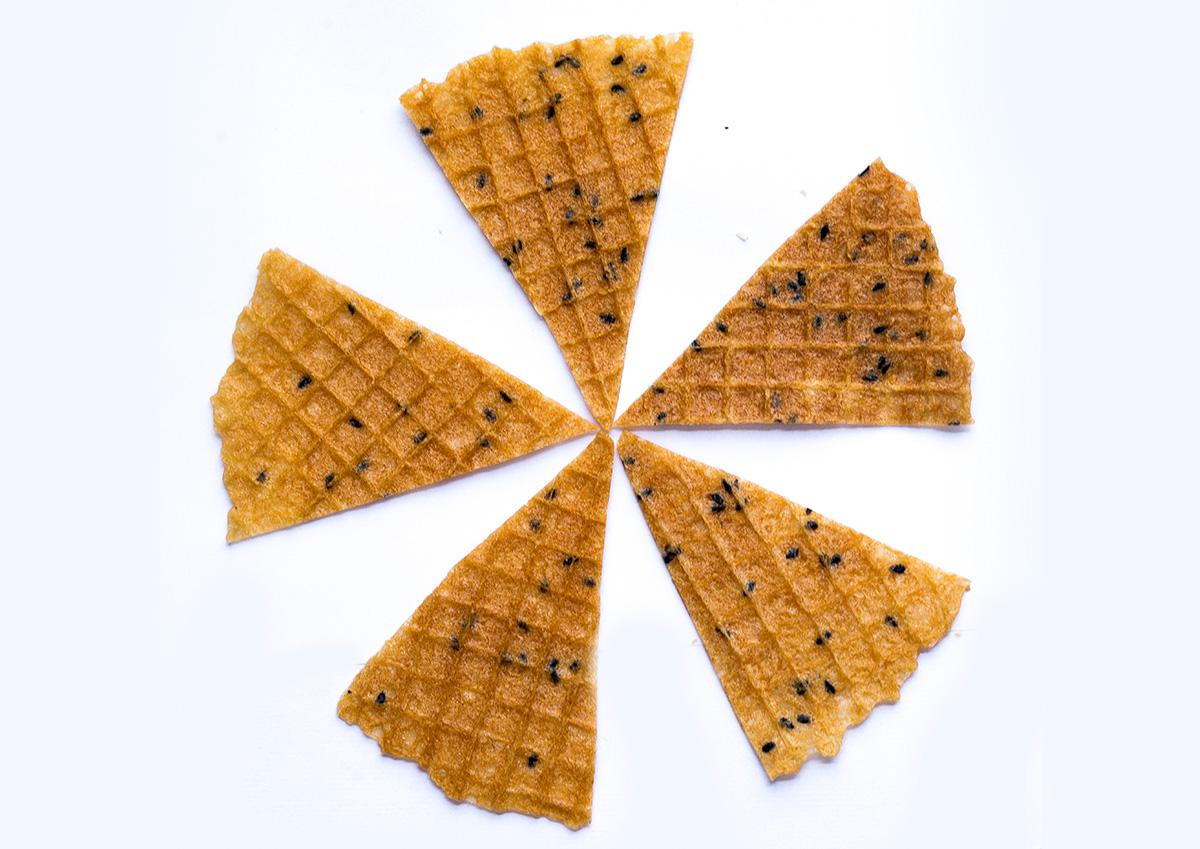 topping bánh quế tam giác trang trí
